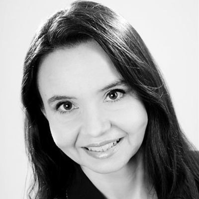 Dr. Eugenia Schmitt